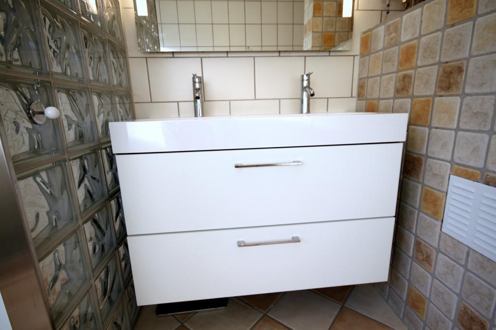Hyller Til Bod Ikea: Oppbevaringsplass arkitektur. Finn hylle i metall ...
